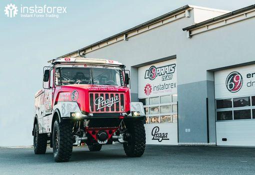Aleš Loprais and his team to drive new truck at Dakar
