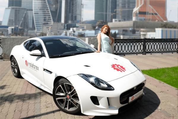 Jaguar F-Type от ИнстаФорекс: приз отправляется в Португалию