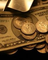 Доллар потерял 7 копеек