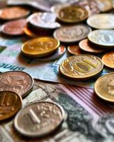 Рубль упал на 60,5 копейки