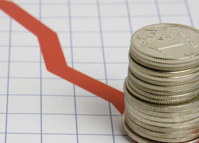 В августе доллар закрепится в диапазоне 73–74 рублей