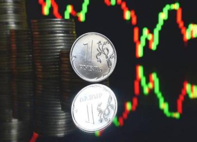 Рубль в растерянности: динамика противоречива, четкого направления нет
