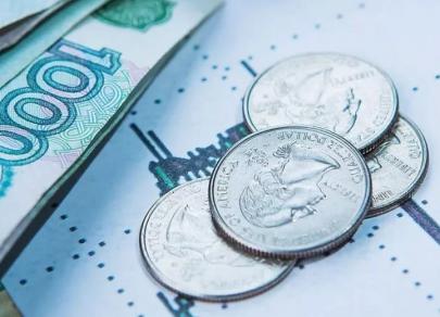 Рубль рассчитывает на эффектное завершение года