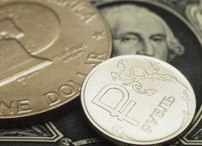 Точка зрения: Рубль откроется ростом после майских выходных