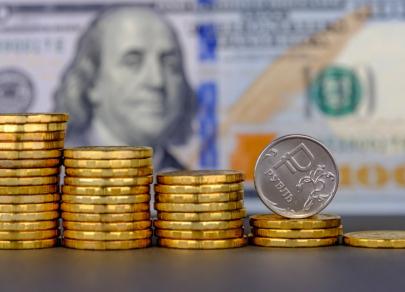 Рубль сохраняет интригу