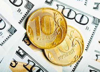 Курс на рост: Рубль идет в противовес мнениям и прогнозам