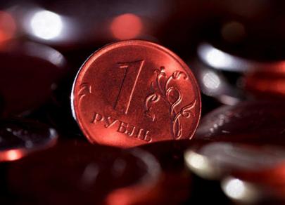Российская валюта укрепляется, но может отскочить к $80