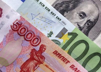 Доллар упал, но с ним шутки плохи. С евро у рубля возможностей больше