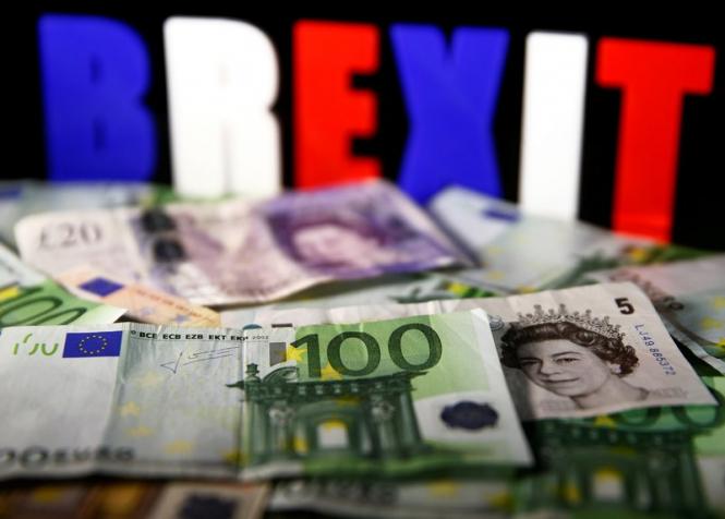 InstaForex Analytics: A inexistência de um acordo do Brexit empurra a libra para o abismo
