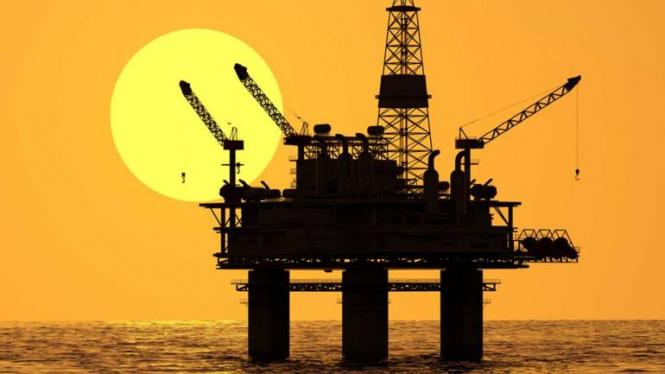InstaForex Analytics: Barclays: Санкции против Ирана будут поддерживать рост цен на нефть только в краткосрочной перспективе