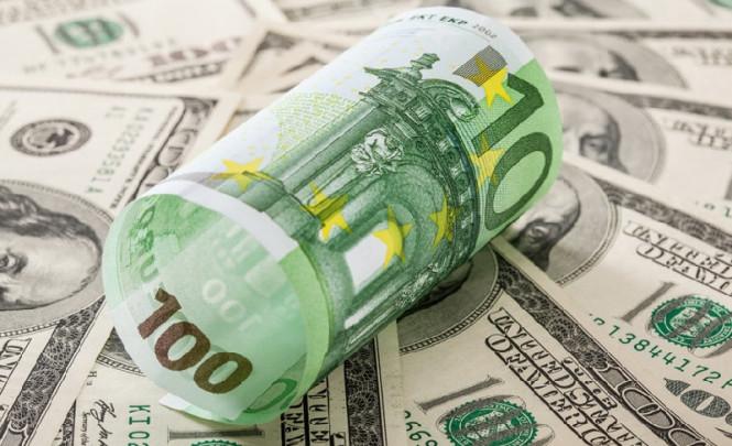 InstaForex Analytics: Драги «вытряхнет» евро из узкого диапазона