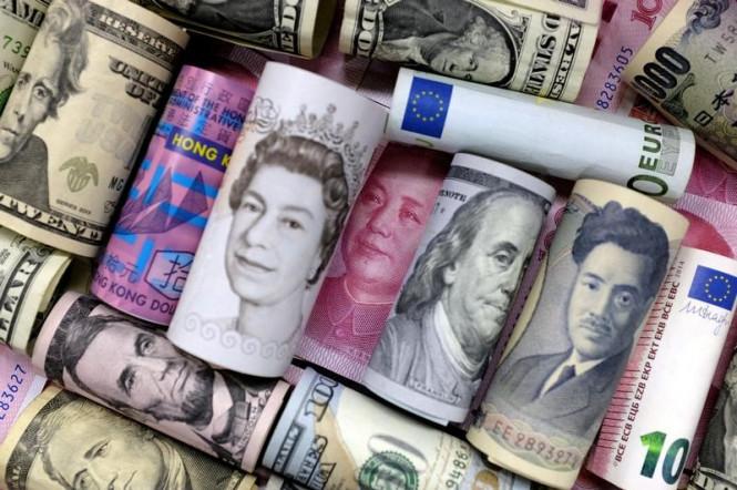 InstaForex Analytics:  Previsioni GBP/USD: la sterlina rimane vulnerabile e probabilmente raggiungerà 1.2300
