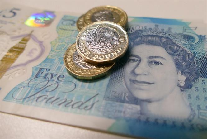 InstaForex Analytics: GBP/USD: Брюссель ждет от Лондона четкого ответа, продажи фунта по-прежнему в приоритете