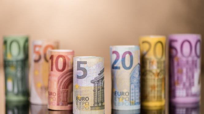 InstaForex Analytics: L'euro reste fort