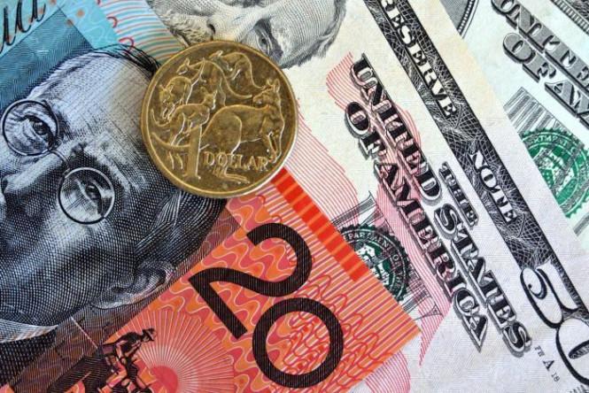InstaForex Analytics:  La paire AUD / USD a gelé en prévision des nouvelles après un rallye de cinq jours