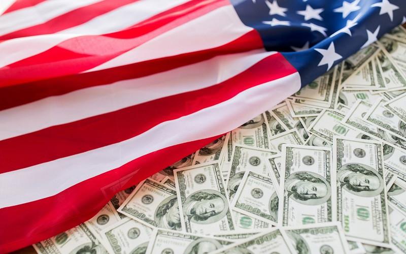 Нужен ли США слабый доллар?