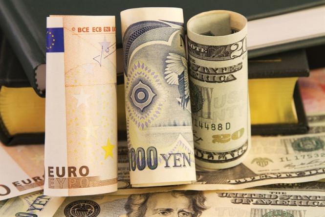 Forex Hot Week: Central Banks Parade and Dollar Maneuvers