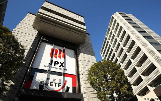 analytics5f75d67df09d4 - Отдохнули и снова в бой: в пятницу токийская биржа возобновит работу после сбоя