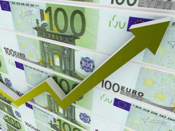 Евро снижается, но покупки еще актуальны