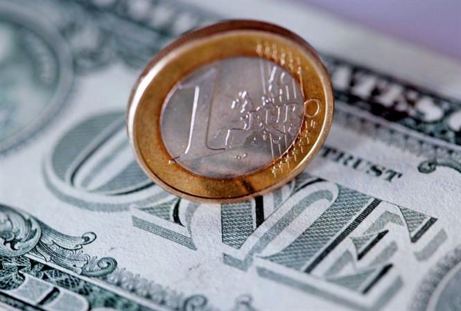analytics5f983d17507bd - Пара EUR/USD пытается удержаться в зоне роста, однако дается ей это непросто
