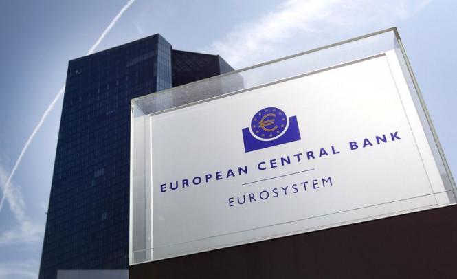 EUR/USD: ЕЦБ оставил открытой дверь для дальнейшего смягчения, евро угрожает серьезное ослабление?