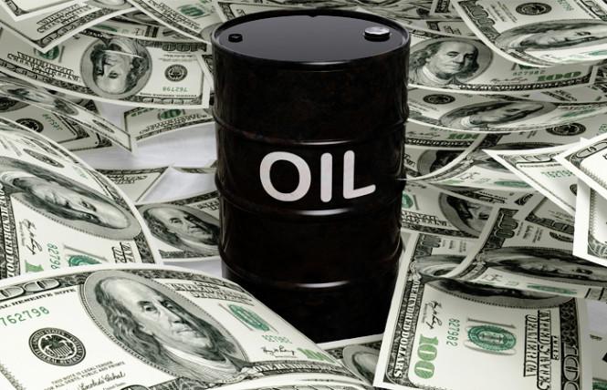Давление растет: нефть стремительно сокращает стоимость