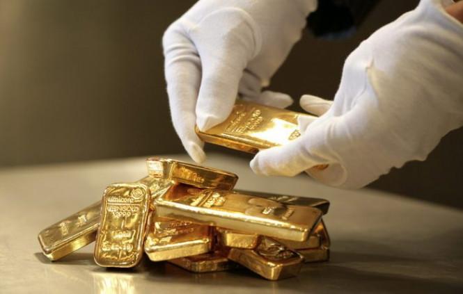 Медленно, но верно золото продвигается вверх