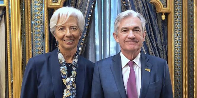 Доллар и евро разделяет река неопределенности, против фунта работает время