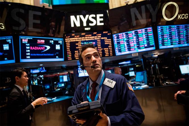 Американский фондовый рынок стремительно набирает обороты, хотя проблемы никуда не исчезли