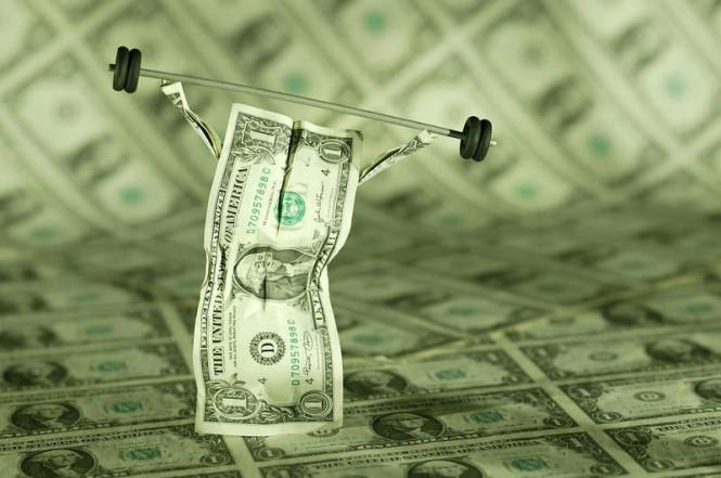 Доллар: от укрепления до слабости – один шаг