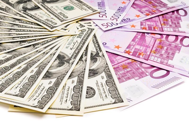 EUR / USD: Việc phá vỡ mức 1.2100 sẽ mở ra mức cao mới