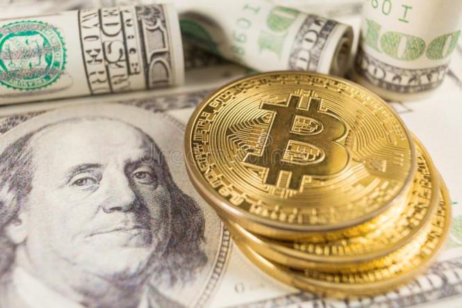 На ринге – доллар и биткоин: кто победит?