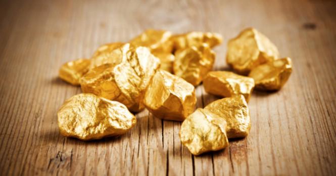 Давление на золото усиливается, но оно продолжает держаться