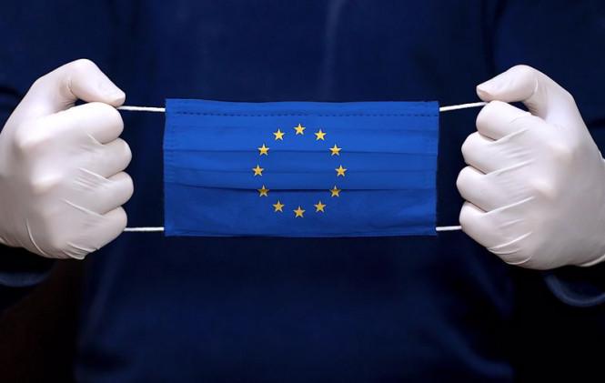 EUR/USD: хотя евро заканчивает год на мажорной ноте, доллар не оставляют мысли об отскоке