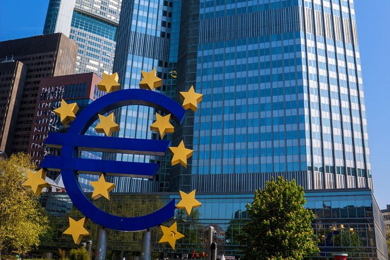 Eurozone economy faces double recession