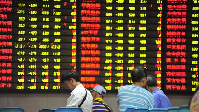 Фондовая Азия сокращает позиции, но есть и позитив