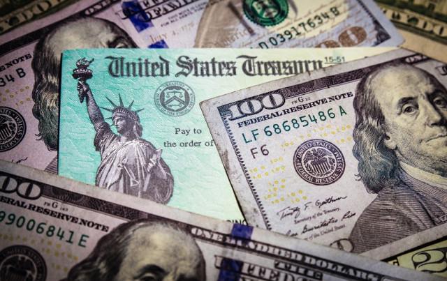 """EUR / USD. """"Penyokong"""" yang tidak boleh dipercayai: dolar AS mengikuti hasil Perbendaharaan"""