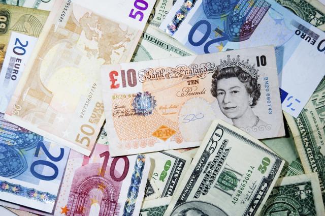Sentimen Euro merosot kerana vaksin AstraZeneca. Fed akan menetapkan arah dolar untuk beberapa bulan ke depan