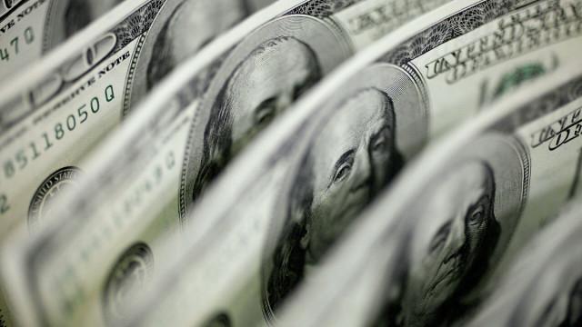 Ucapan Powell, kurva hasil ... Muzik siapa yang harus ditari oleh dolar?