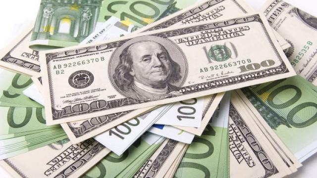 USD naik berbanding EUR