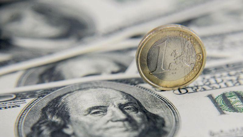 EUR/USD: Euro gains in value on weaker US dollar