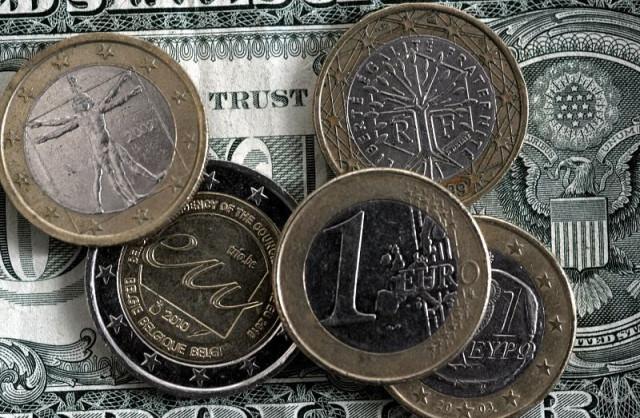 EUR/USD. Black line: dollar in depression, resistance level 1.20 on the horizon