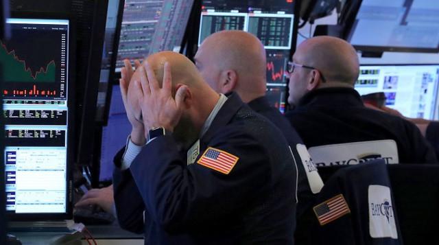 US stocks plunge over investor concern on inflation