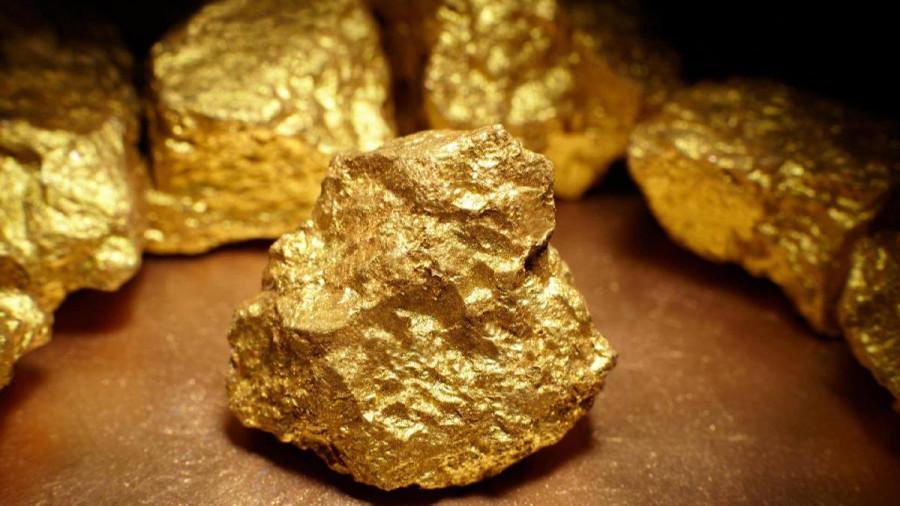 Золото подскочило до январских максимумов