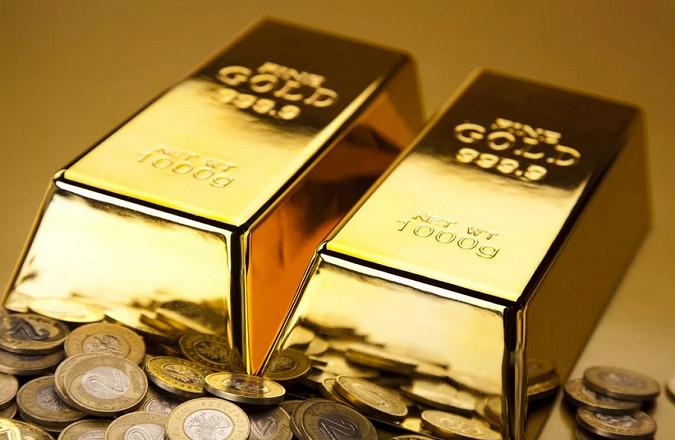 Золото не смогло пробить 1900