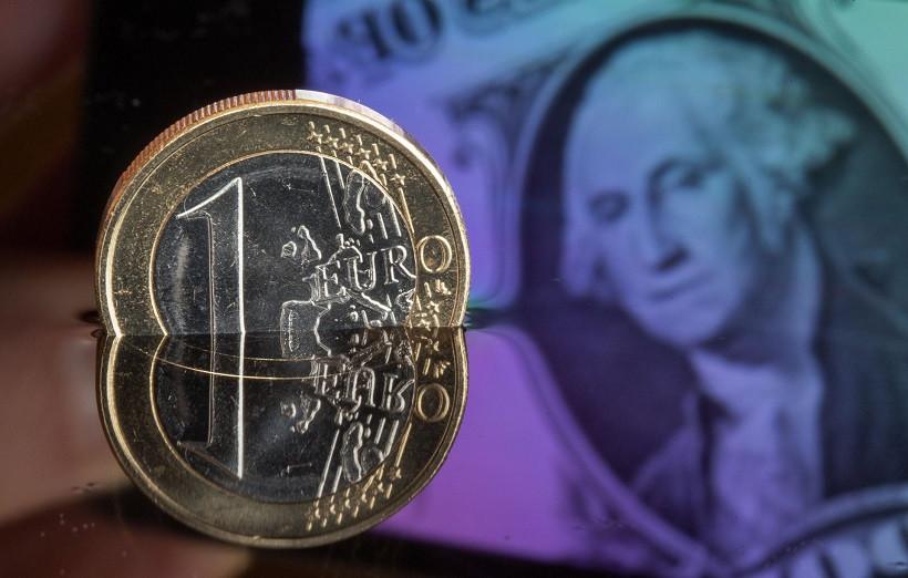 Helpless EUR fails to inspire EUR/USD bulls despite upbeat European data