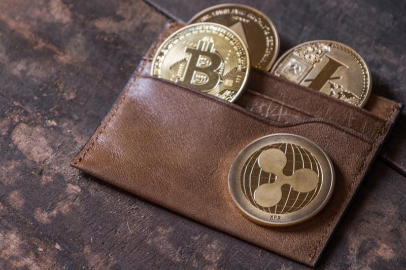 Don't buy bitcoin headlong - history repeats itself