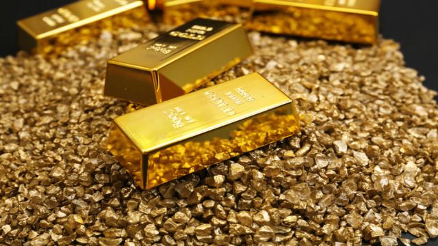 Emas meroket karena pernyataan Powell. Apakah rally akan diperpanjang?