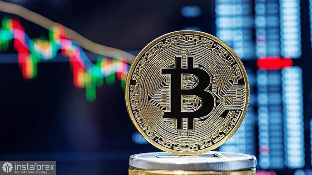 Кэти Вуд предсказывает десятикратный рост биткоину