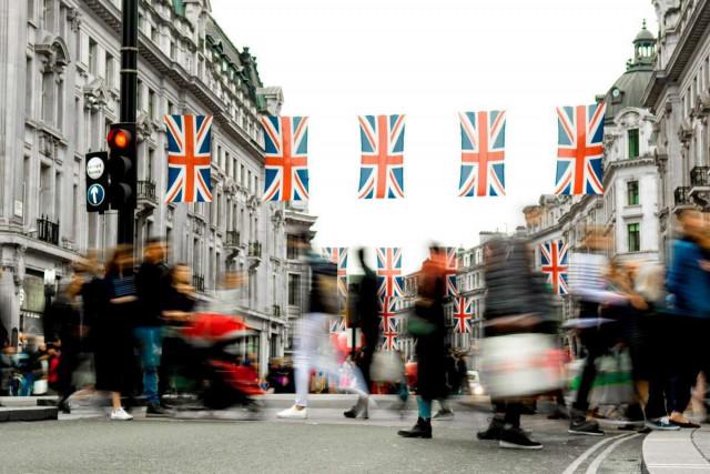 英国报告了消费价格的空前上涨
